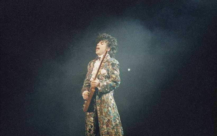 Prince_obit_2_ap_img.jpg